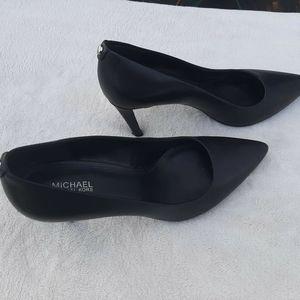 Michael Kors flex Pumps stiletto heels Size 8M